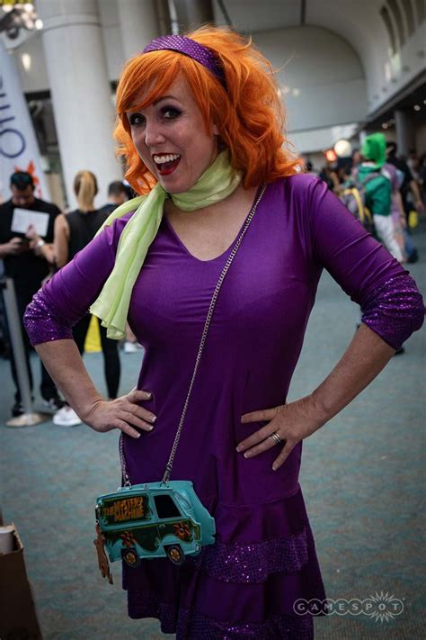 40 Of The Hottest Female Cosplay Costumes From The 2018