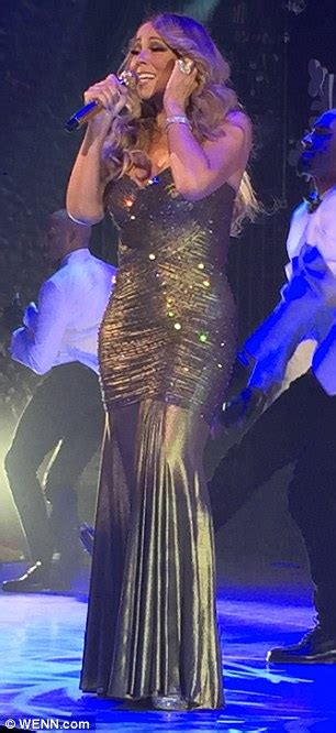 Mariah Carey shows off her slimmer figure at the Beacon