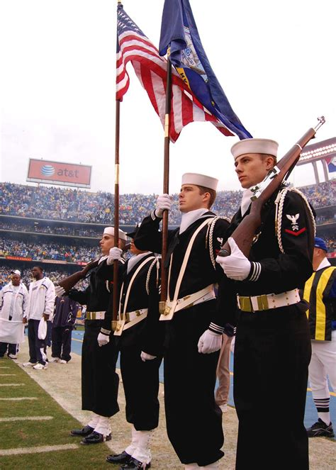 File:US Navy 080106-N-0515W-112 The color guard team from