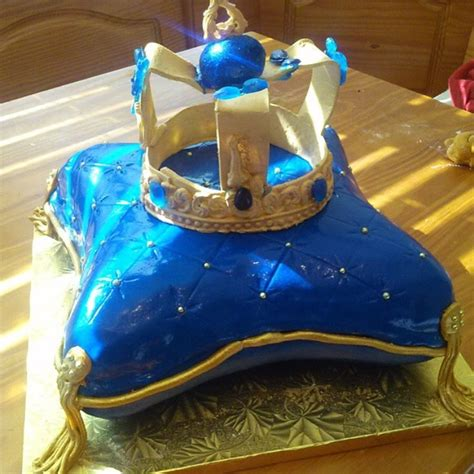 Royal Themed Baby Shower Cake - CakeCentral