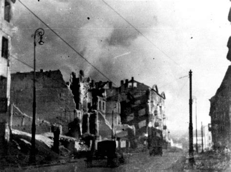 After the Uprising: Life Among the Ruins of the Warsaw